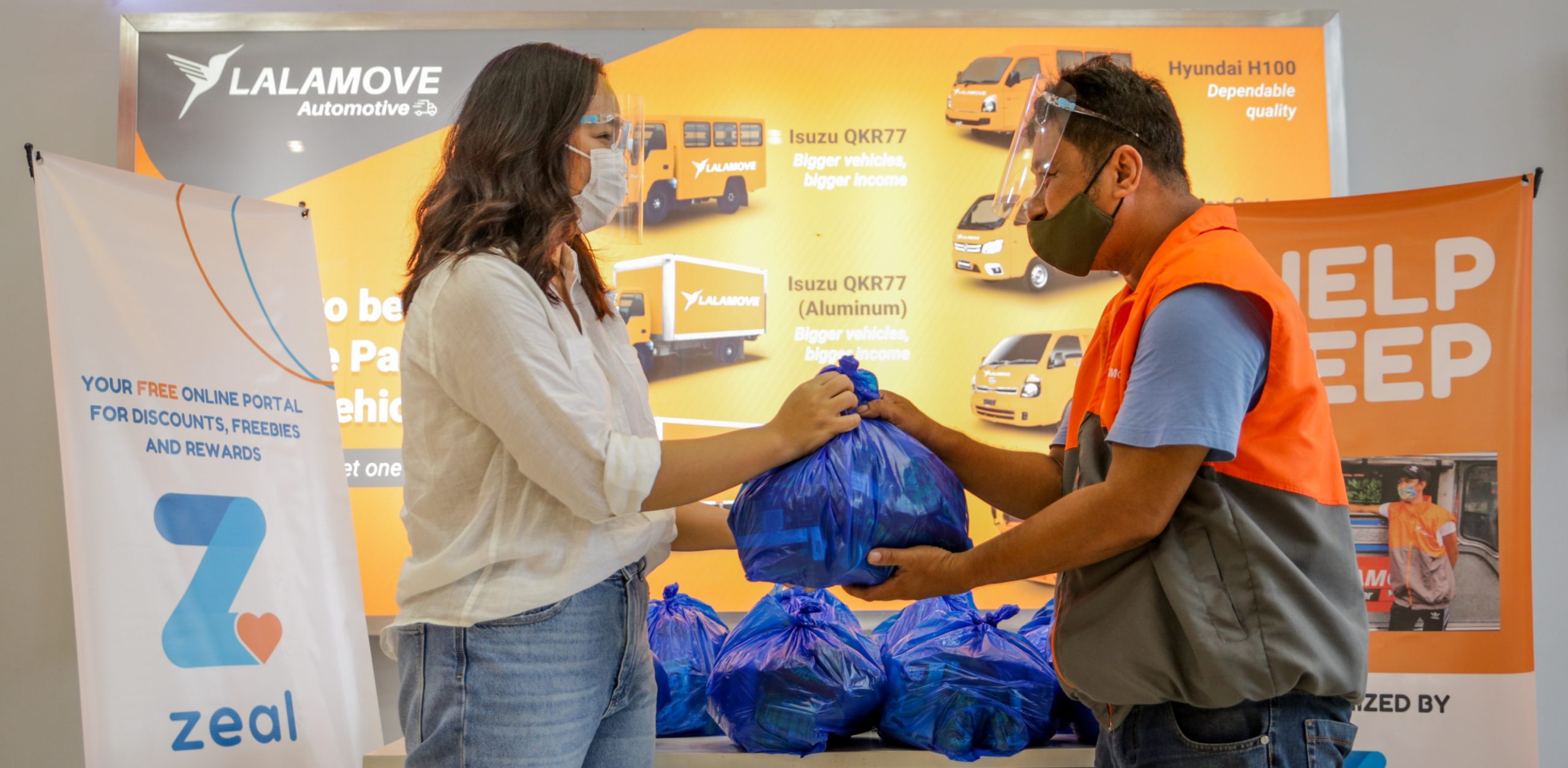 ZRewards, Partners Turn over Care Packages to Jeepney Drivers