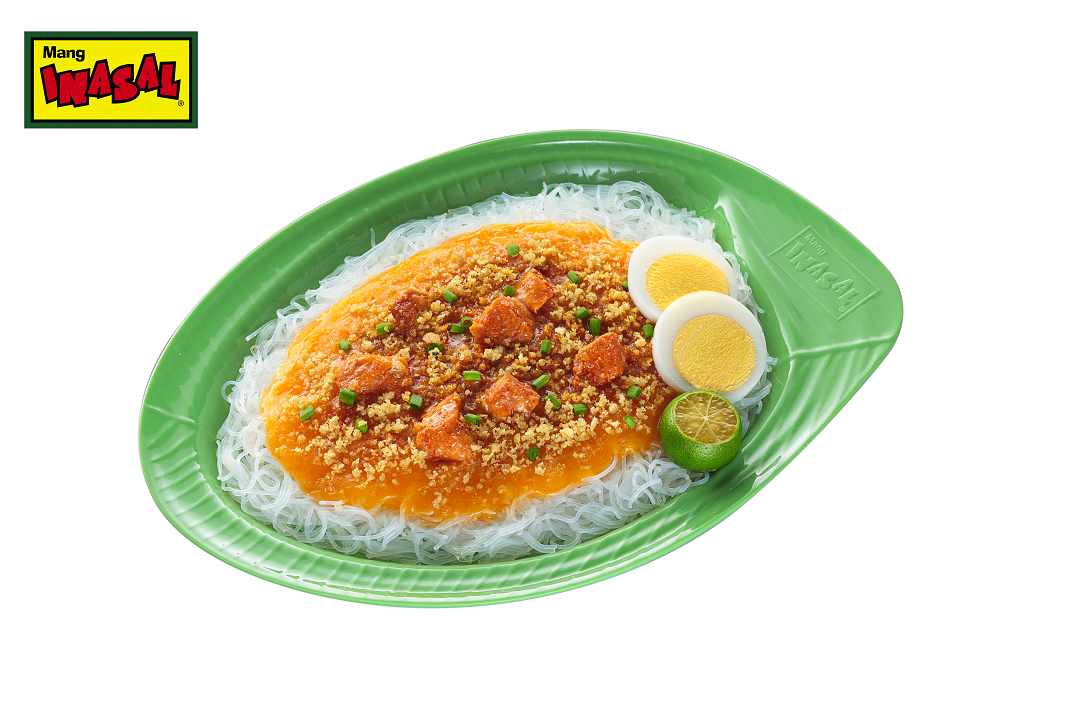 Treat yourself and the family to a satisfying merienda of Mang Inasal Palabok